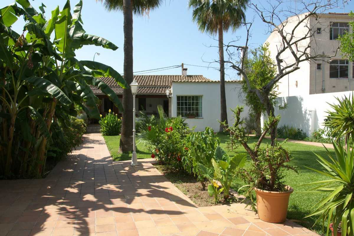 Wonderful house with garden 350 meters to 5km from the beach! - Carrer Bartomeu Oliver de Can Tunis, Palma de Mallorca