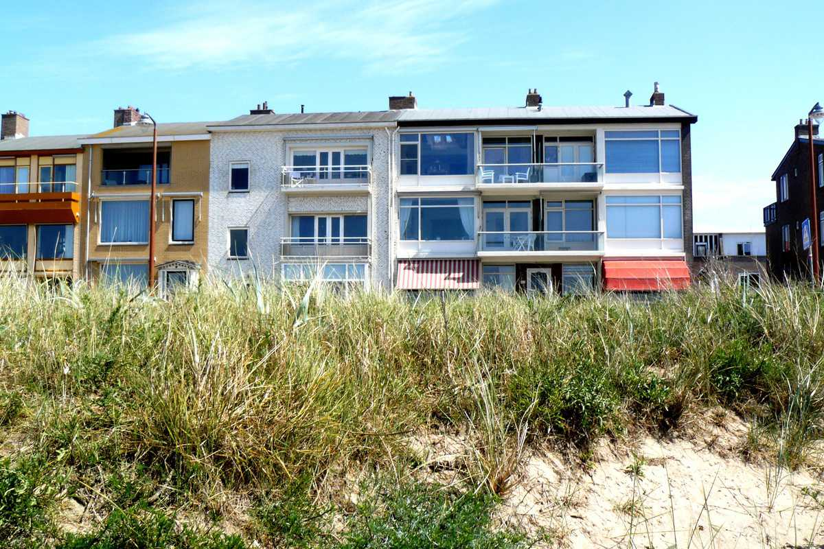 Charming Apartment at the Sand Beach of Katwijk. Beautiful Sea View - Boulevard, Katwijk