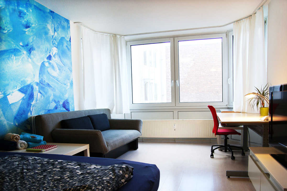 Downtown Apartment with Waterbed  - Zülpicher Straße, Cologne