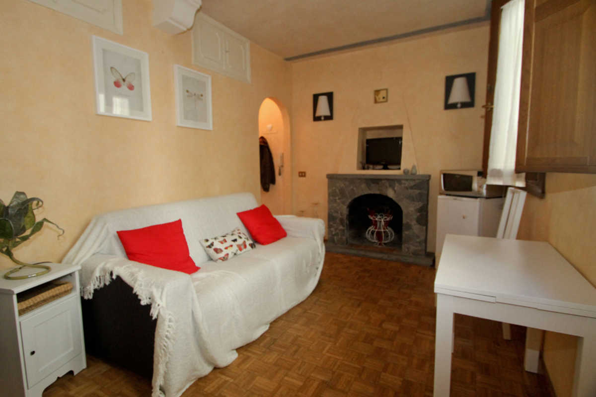 "Small apartment in ""Ponte Vecchio"" - Via Dei Velluti, Florence"
