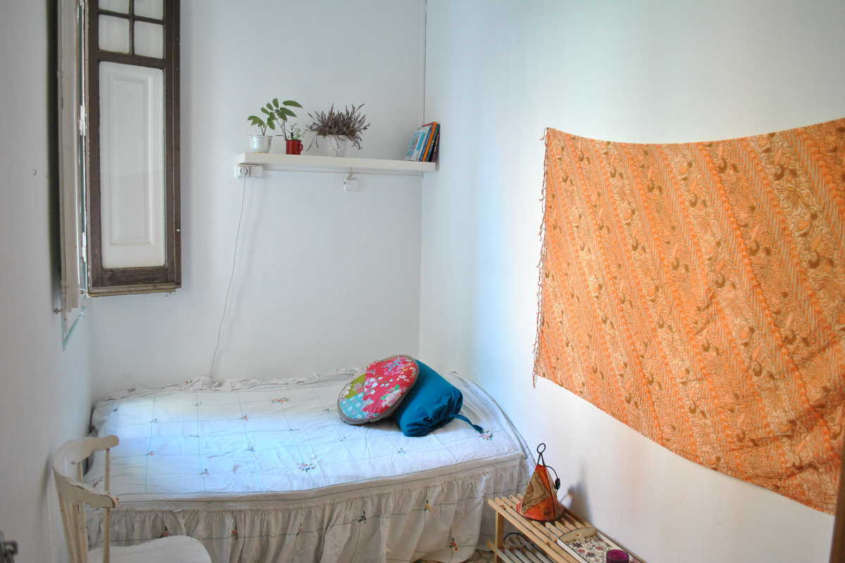 Double Room in Bohemian Neighborhood (Gracia) - Carrer del Sol, Barcelona