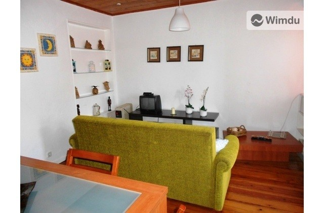 Cozy Flat in Breathtaking District - Rua da Adiça, Lisbon