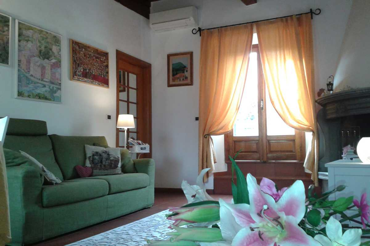 Sunny apartment very close to Ponte Vecchio - Borgo Santi Apostoli, Florence
