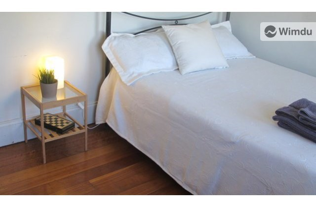 Cute Room Close to Center - South Dowling Street, Sydney