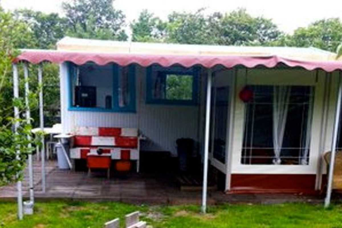 Charming Caravan for Lovely Holiday - Roggeslootweg, De Cocksdorp