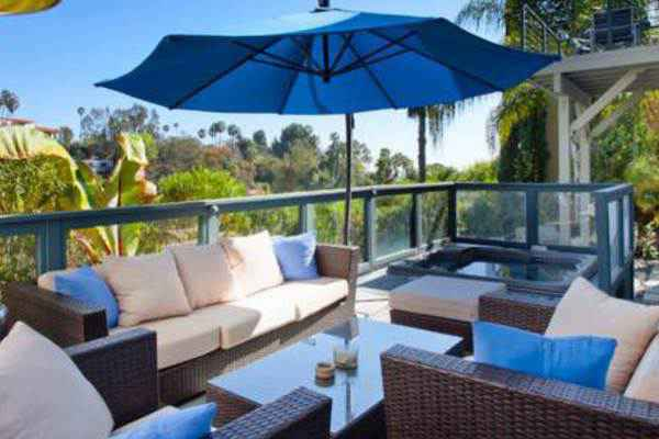 hollywood hills bel air vacation rentals apartments in hollywood hills bel air. Black Bedroom Furniture Sets. Home Design Ideas