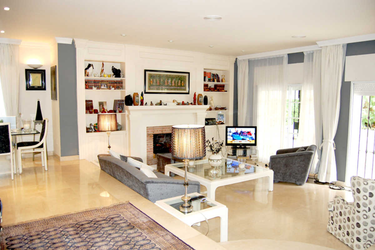 Great House 4 Br, 5 min to the beach - Urbanización la Judía, Marbella