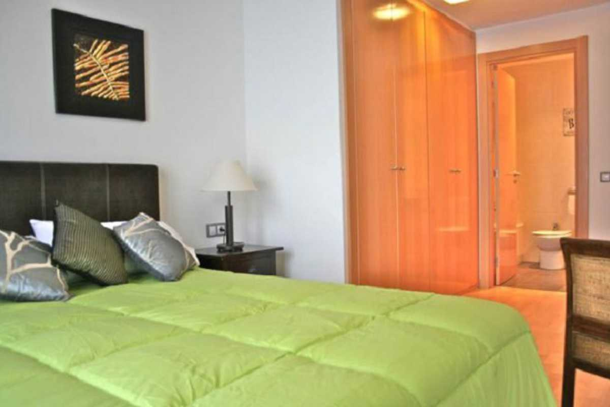 9·Lovely Apartment on the Beach - Calle de Cervantes, Badalona